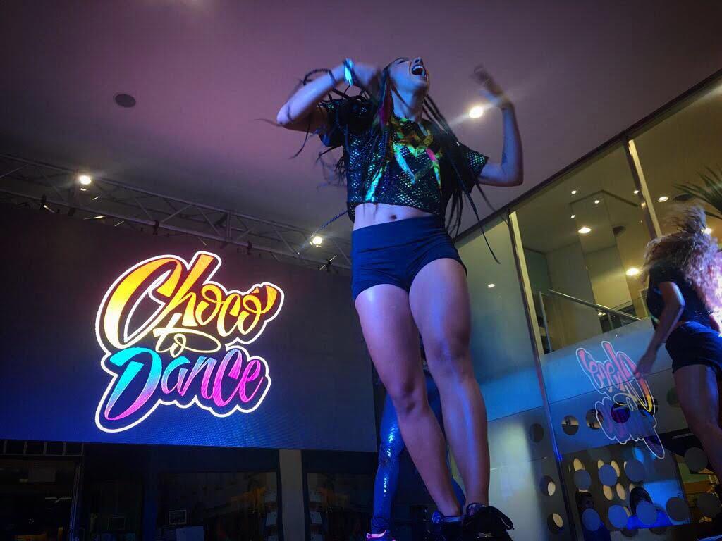 Foto bailarina mulatha