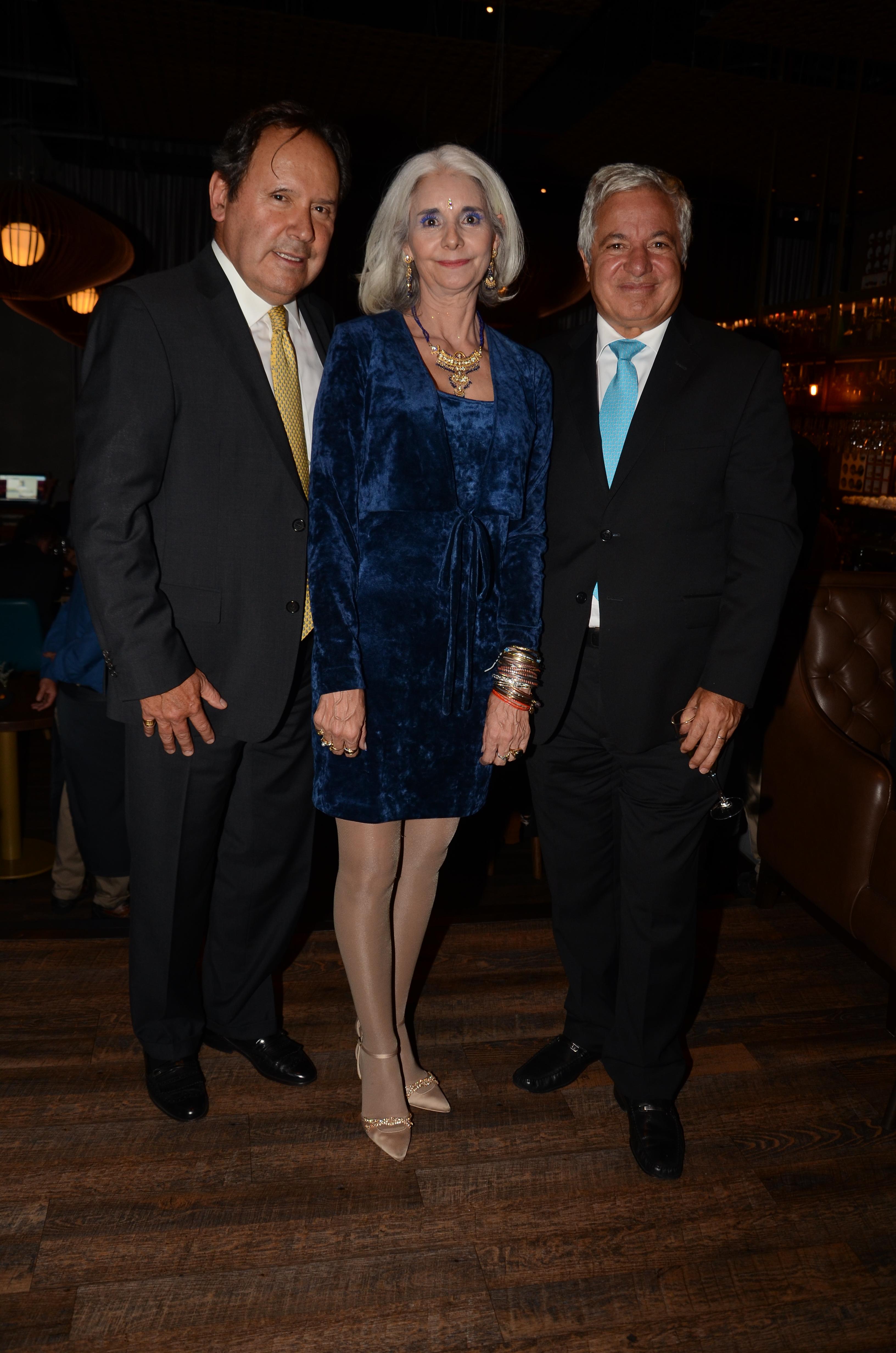 Miguel Gutierrez, Angela Maria Caceres y Jean Claude Bessudo (1)